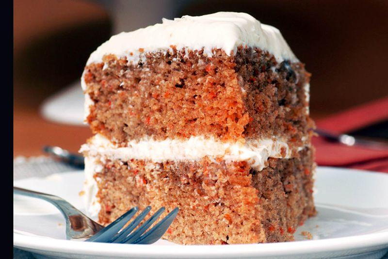 Carrot cake slice1