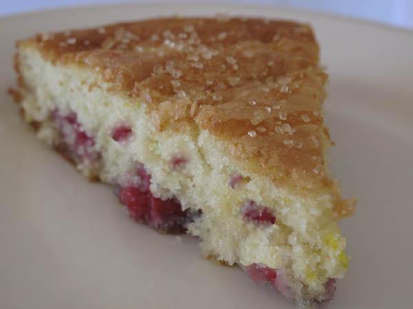 Raspbery cake slice