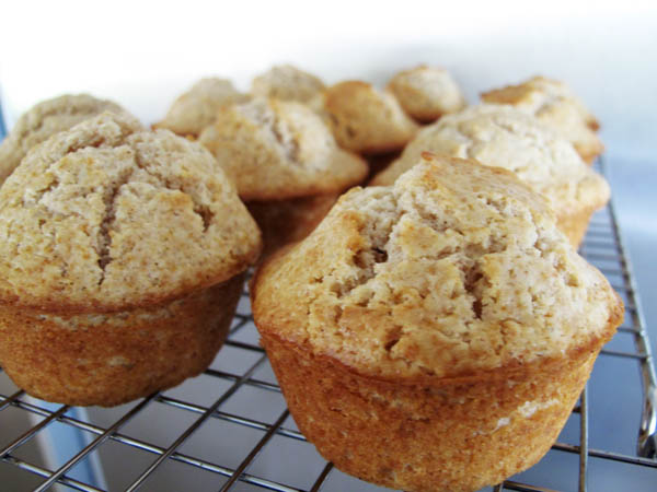 Doughnut muffins cooling