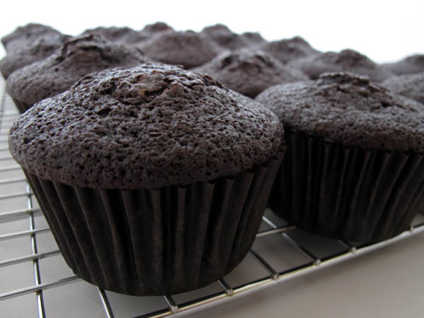 Dark Chocolate Cupcakes cooking