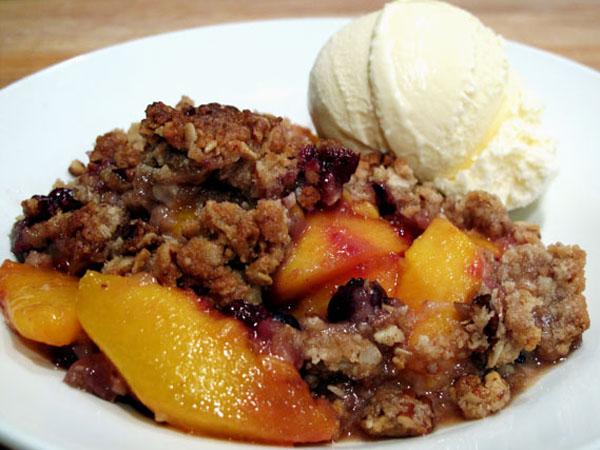 Peach crisp 1
