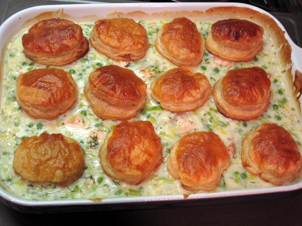 Salmon pot pie pan
