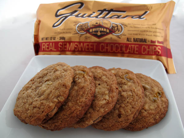 Earthy whole grain chocolate chip cookies