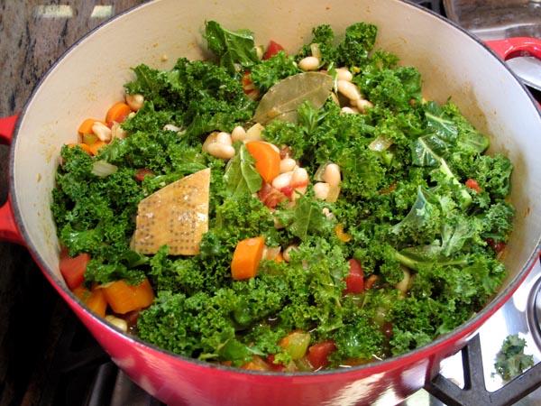 Tuscan Bean Soup Kale