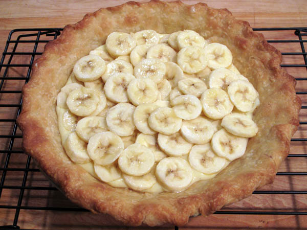 Banana Cream Pie sliced bananas