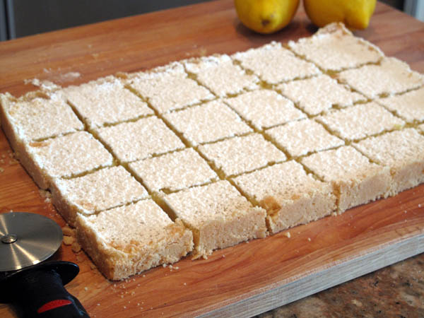 Lemon Squares Cut