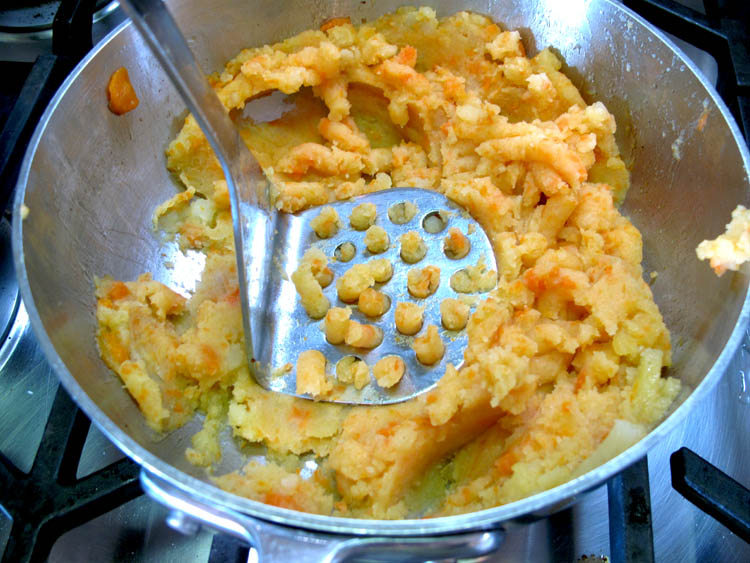Carrot Mashed Potatoes masher