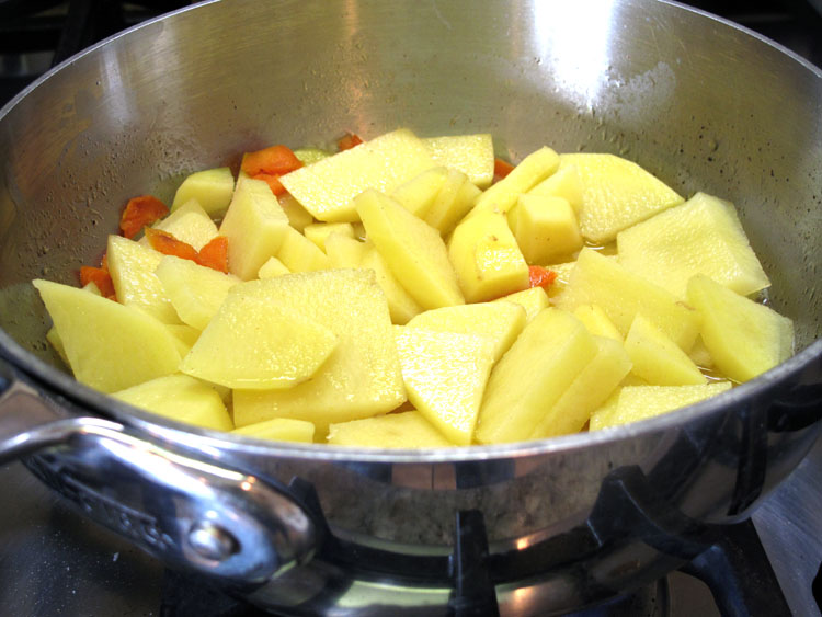 Carrot Mashed Potatoes pot