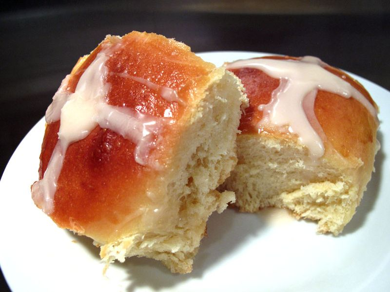 Hot cross buns iced1