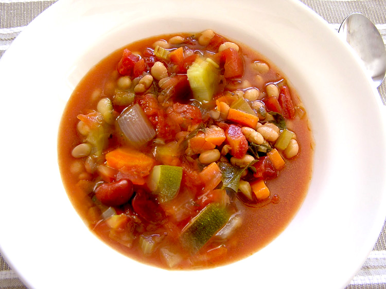 Best Hearty Vegetable Bean Soup