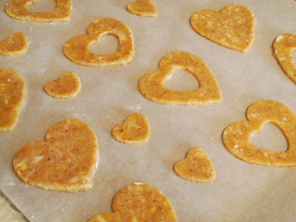 Linzer cookie cutouts1