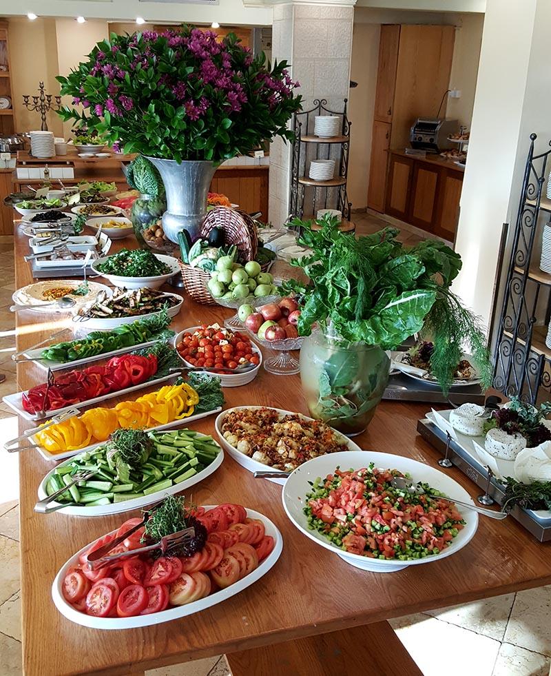 Mizpe Hayamim Spa Hotel buffet