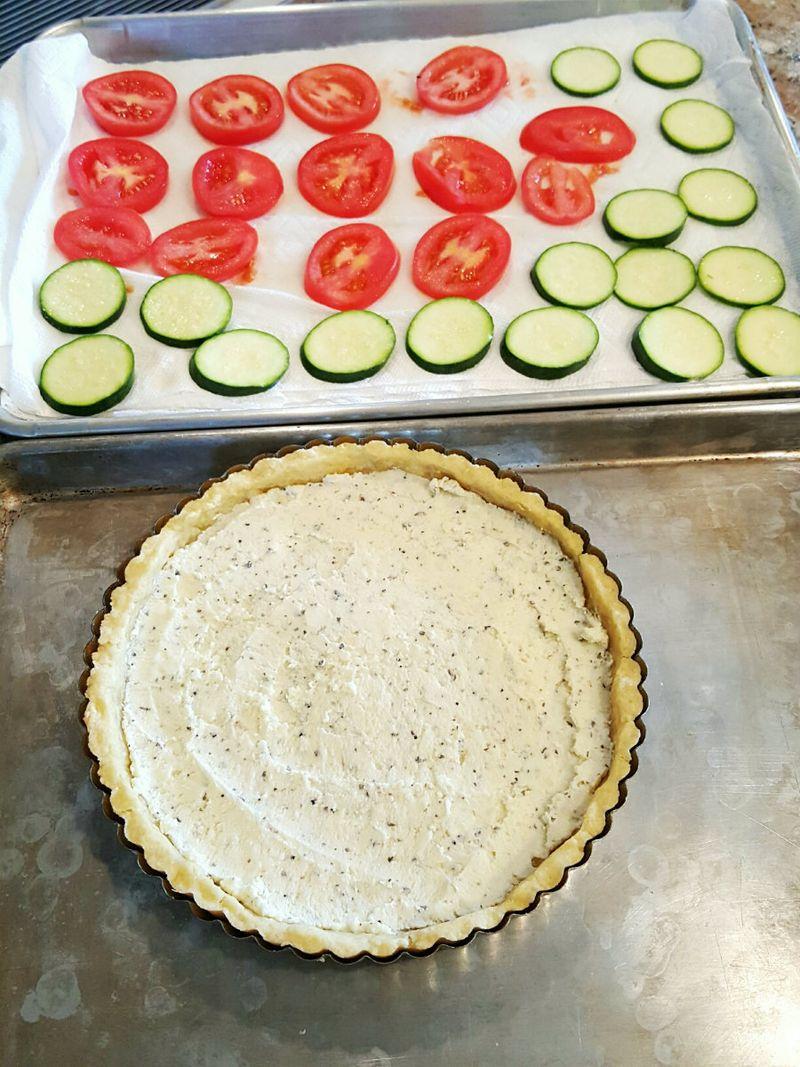 Tomato zucchini tart prep